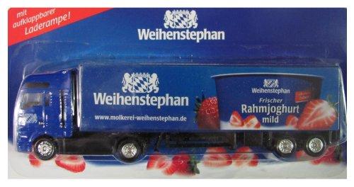 Weihenstephan Molkerei Nr.04 - Erdbeer Rahmjoghurt - Man TG - Sattelzug mit Laderampe