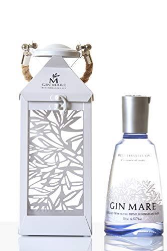 Gin Mare - Ginebra Premium Mediterránea con Botánicos Naturales, Botella de 700 ml, Presentado en Farolillo Metálico, Pack Regalo