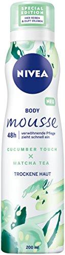 NIVEA Körper Mousse, Gurke - Matcha Tee Duft, für trockene Haut, Spender, 3er Pack (3 x 200 ml)