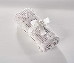Suitable from birth Warm and breathable Soft and gentle Perfect for cots and cribs 70cm x 100cm