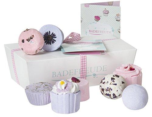 Lumunu Deluxe Badebomben 8er Geschenkset Badefreude Violetta, von Venize