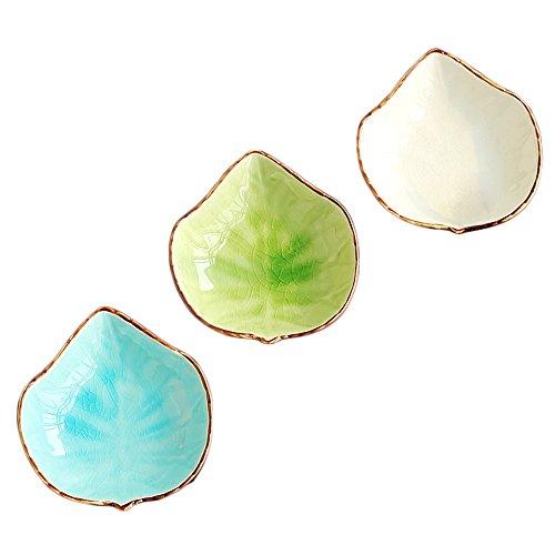 WAIT FLY Lovely Grape Leaves Shaped Ceramics Seasoning Dishes/Tea Bag Holders/Ketchup Saucer/Appetizer Plates/Vinegar Spice Salad Soy Sushi Wasabi Seasoning Dipping Bowls, Set of 3