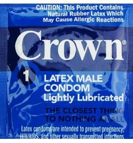 Crown Skinless Skin with Silver Lunamax Pocket Case, Ultra Thin Super Sensitive Latex Condoms-24 Count