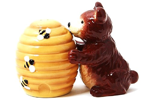 Pacific Giftware Bear and Honey Comb Attractives Salt Pepper Shaker Made of Ceramic