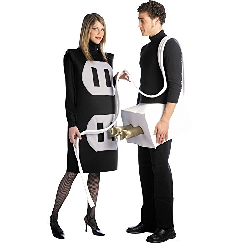 Cheap plug and socket Halloween costume for couples