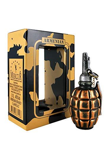armenischer Brandy Granate in Keramik Flasche, 40% Alk, 5 Jahre gereift, 0,1L
