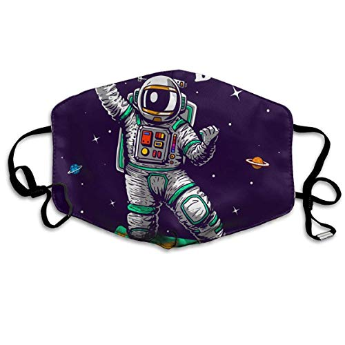 Coole Astronauten Skaten im Weltraum Cartoon Comics Stil Mundschutz Gesichtsschutz Baumwolle Winddicht Anti Wiederverwendbar Komfortable Atmungsaktive Sturmhaube