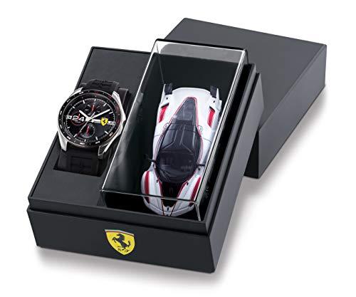 Scuderia Ferrari Herren Analog Quarz Uhr mit Silicone Armband 870045