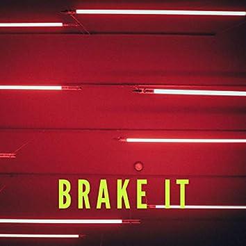 Brake it (feat. Yung Baddie)