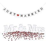 Sweelov Decoración de mesa de boda, decoración de mesa, diseño de letras MR & Mrs, cadena de banderines con corazón, confeti, para bodas, fiestas, fotos, regalo
