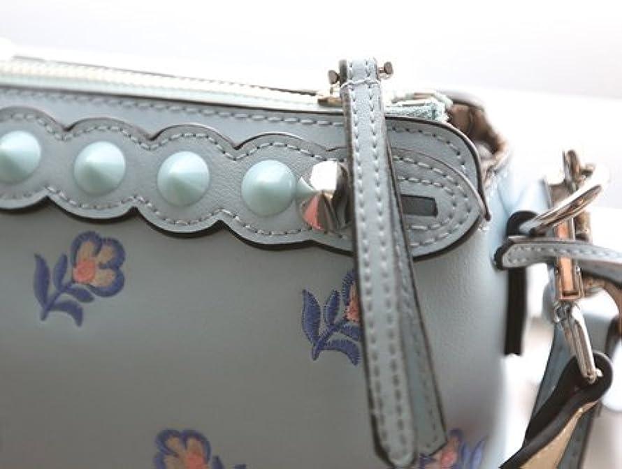 効果的有益愛国的なFlower Embroidered Mini Cross Bag (フラワー刺繍ミニクロスバック)