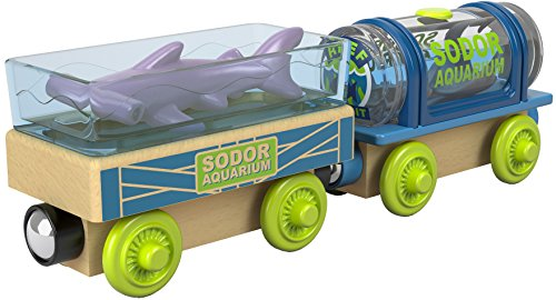 Thomas & Friends Wood toys help kids experience a world of imagination as they create stories using these cargo cars containing fun, floating sea animals.