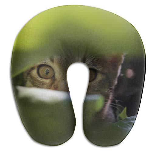 Lindo Gato a Rayas Jugando en Las Hojas en el jardín Almohada de Viaje, Espuma viscoelástica con Soporte para el Cuello y la Cabeza, portátil Tipo U para Uso en avión, Tren, Camping