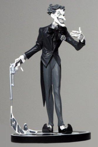 Batman Negro Y Blanco Estatua El Joker Por Jim Lee