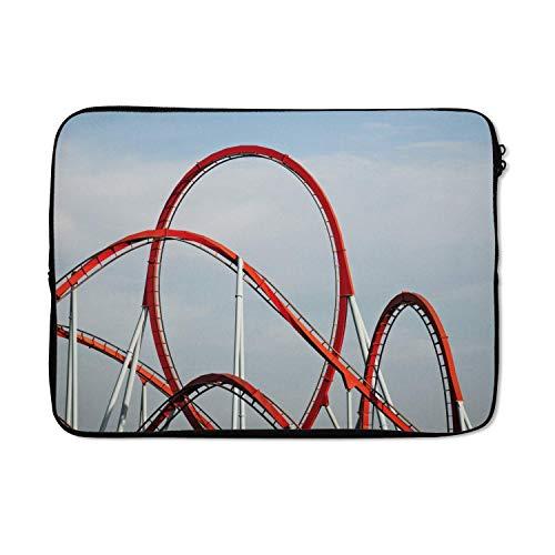 Laptophoes 13 inch 34x24 cm - Pretparken - Macbook & Laptop sleeve Rode achtbaan in attractiepark - Laptop hoes met foto