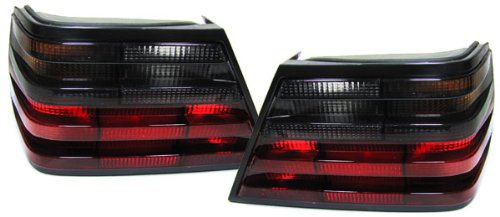 Carparts-Online 15495SET Rückleuchten rot schwarz
