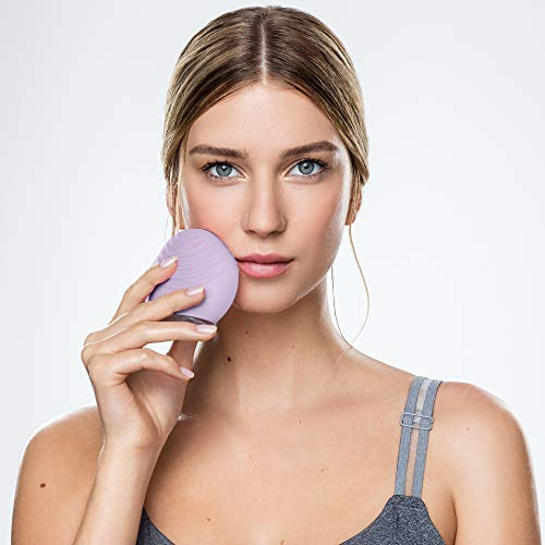 FOREO LUNA mini 2 Facial Cleansing Brush and Portable Skin Care device made with Ultra Hygienic Soft Silicone for Every Skin Type USB Rechargeable Lavender Plus 4