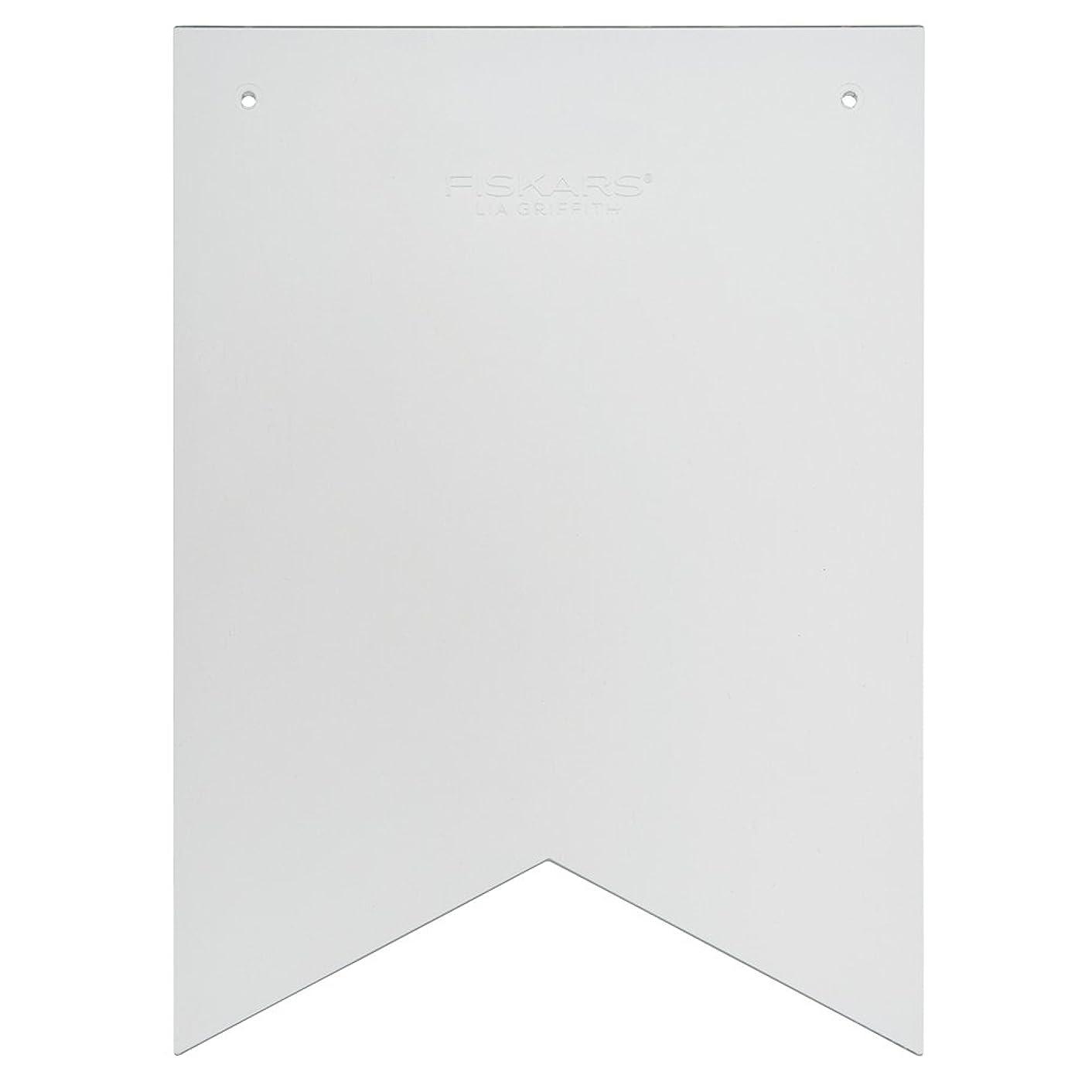 Fiskars 105240-1001 Lia Griffith Designer Pennant Banner Template, Clear