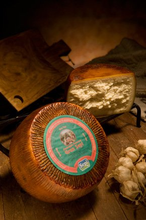 6 kg - Gran Sepi - Semiaged pecorino cheese of Sardinian ewe's milk, craftmade by Sepi Formaggi, in Marrubiu, Sardegna