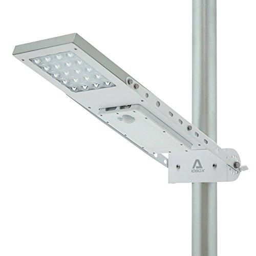 Lampada stradale solare ALPHA 1080X, impostabile in 3 modalità, batteria al litio, montabile su pali del diametro massimo di 3 pollici
