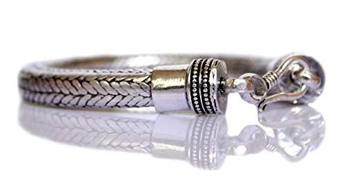 Pulsera de cadena de serpiente bañada en plata oxidada para mujeres y hombres. Pulsera unisex de 9 mm de grosor y 8 pulgadas de largo hecha por la tienda de joyas India