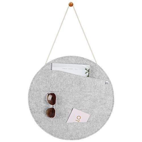 mDesign hängende Briefablage für Flur und Küche – praktisches Ordnungssystem mit 4 weiten Ablagefächern für Visitenkarten und Eintrittskarten – wandmontierte Postablage aus Filz – hellgrau