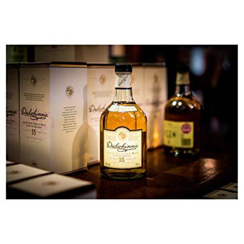 Dalwhinnie Highland Single Malt Scotch Whisky - 15 Jahre gereift - Aromen von Heidekraut und Honig - 1 x 0,7l - 6