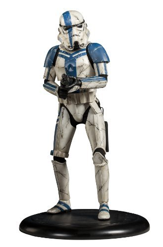 Star Wars / Storm Trooper Commander Premium Format Figure by Sideshow by Sideshow image