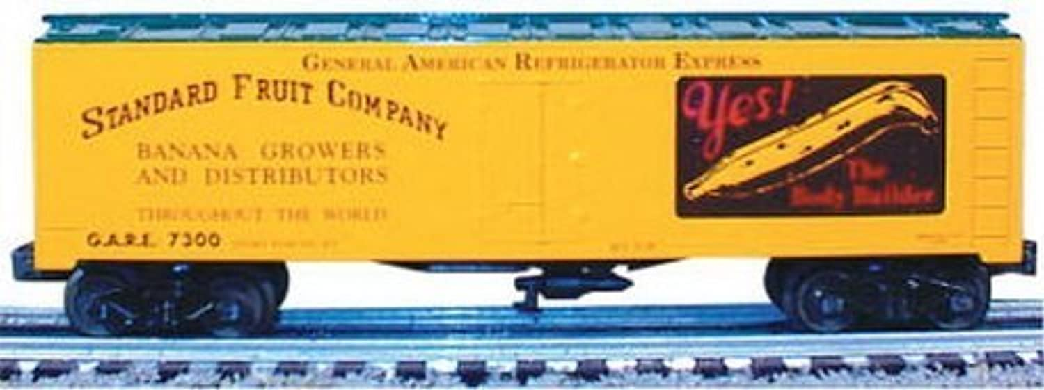 O Williams 40' Reefer, Standard Fruit by Bachmann Industries