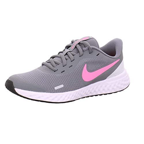 Nike Revolution 5 (GS) Laufschuh, Smoke Grey Pink Glow Photon Dust White, 36 EU