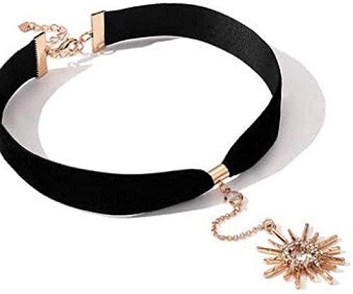 banbeitaotao Collar Cadena de Terciopelo Negro Cadena de Clavícula Femenina Simplemente Corto