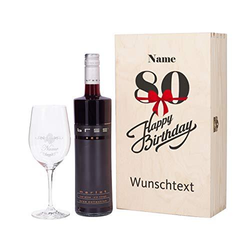 Herz & Heim® Bree Weingeschenk zum 80. Geburtstag mit graviertem Weinglas und Bree Wein zur Auswahl in Weinkiste mit Aufdruck Rot