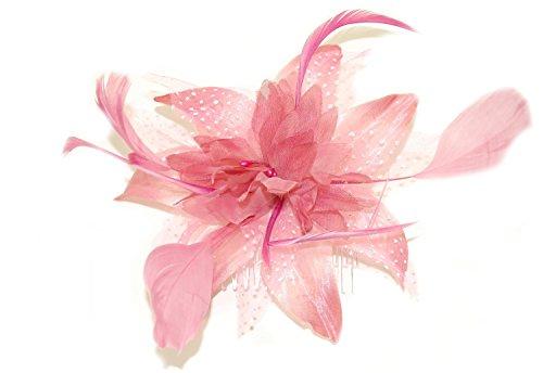Tocado de flores y plumas...