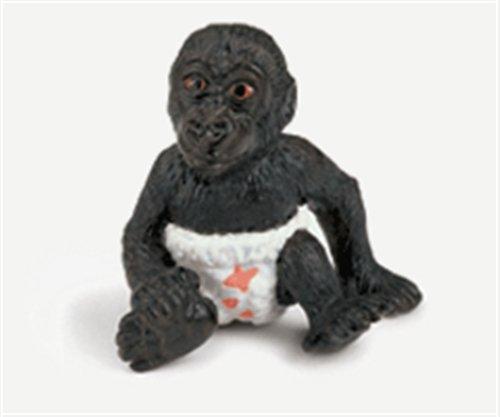 Cría de gorila con pañal