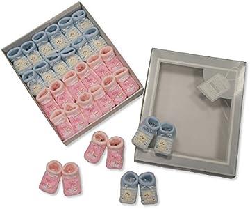 Diseño de bordado de patrones para patucos de bebé Color de rosa