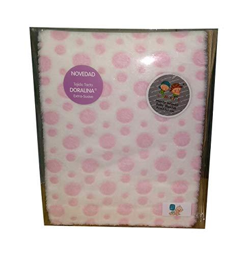 Zeer zachte en warme kinderdeken, afmetingen 110 cm. x 80 cm. Wordt geleverd in een geschenkdoos.