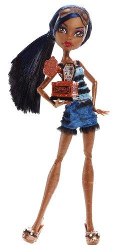 Mattel - Monster High. Muertas de Sueño. Robecca Steam