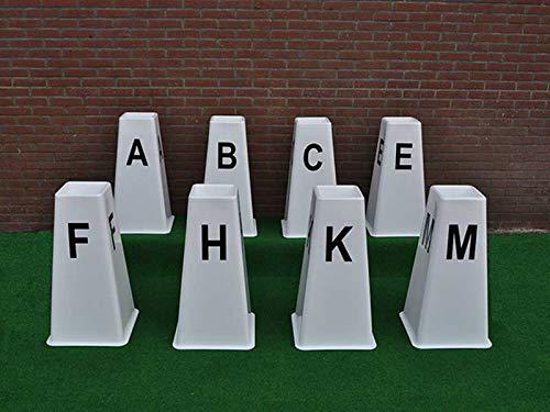 Nedlandic Quality Horse Supplies Dressurkegel, G.P. Kegel, 8 Dressur-Buchstabenkegel,für Dressurviereck von 20 m x 40 m: A,B,C,E,F,H,K,M.
