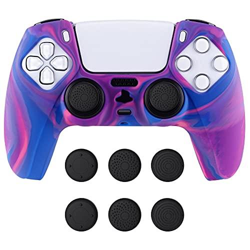 PlayVital Funda Camuflaje de Silicona para Playstation 5 Control Protector Antideslizante para PS5 Cubierta con Tapas para Pulgar Funda de Goma Suave para PS5 Mando(Rosa+Morado+Azul)