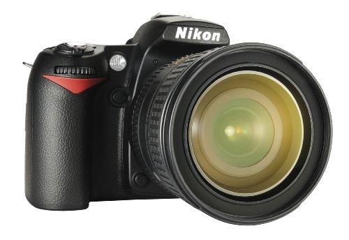 Nikon D90 SLR-Digitalkamera (12 Megapixel, Live-View, HD-Videofunktion) Kit inkl. 16-85mm 1:3,5-5,6G VR Objektiv (bildstab.)