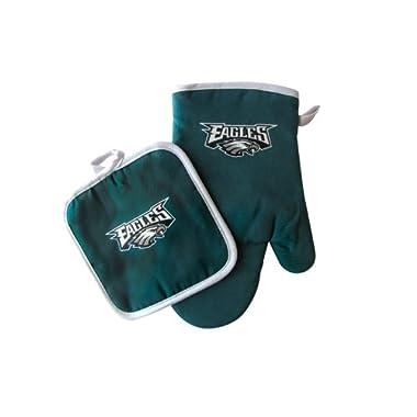 Pro Specialties Group Philadelphia Eagles NFL Oven Mitt and Pot Holder Set