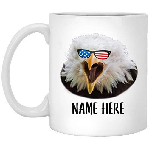 N\A Nombre Personalizado Águila Calva con Bandera Americana Gafas de Sol Taza de café Blanca 11 oz