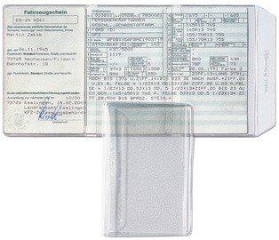 Ausweishülle für KfZ-Schein, PVC-Weichfolie, 3 Innenseiten offen, 170 my, leicht genarbt, 75 x 108 mm, transparent