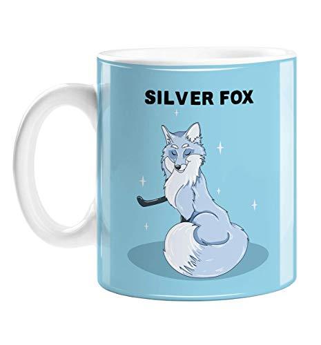 Taza de café divertida con diseño de zorro plateado para un hombre mayor, ilustrada a mano, diseño de zorro plateado con estrellas, taza de cerámica para hombre mayor caliente