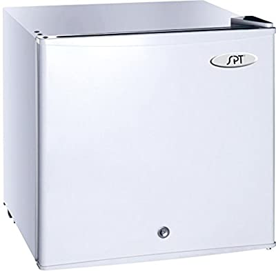 Sunpentown UF-114W 1.1 cu.ft. Upright Freezer with Energy Star-White, Gray