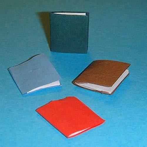 Miniatures World - 4 Te openen papieren notitieboekjes met blanco pagina's erin voor miniatuurdecors en poppenhuizen op schaal 1:12