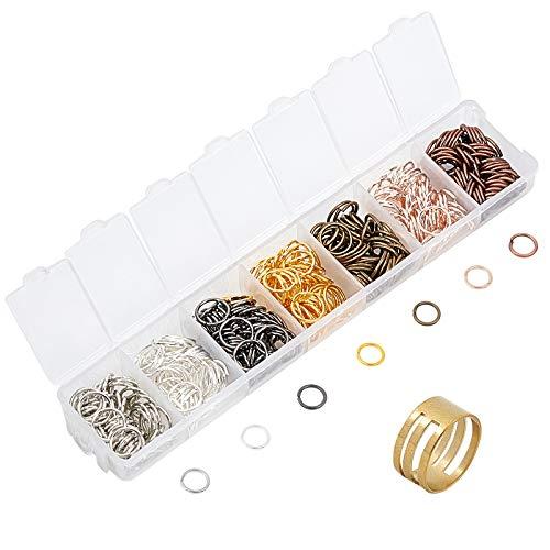 PandaHall Acerca de 364 anillos abiertos de latón de 7 colores, conectores de joyería de 10 mm con 1 abridor de anillos de salto para pendientes, pulseras y bisutería.