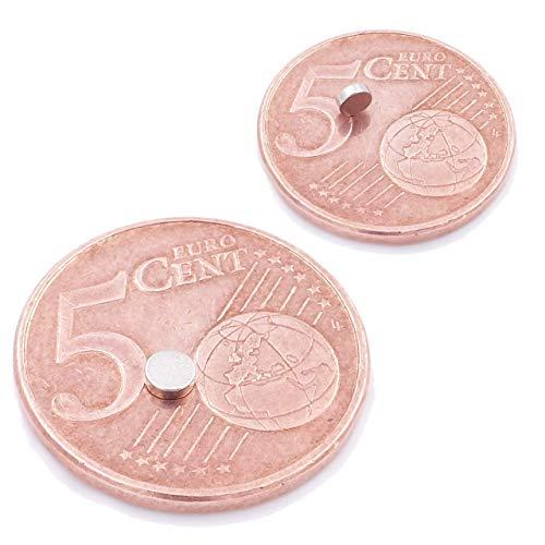 Brudazon | 25 Mini Scheiben-Magnete 3x1mm | N52 stärkste Stufe - Neodym-Magnete ultrastark | Power-Magnet für Modellbau, Foto, Whiteboard, Pinnwand, Kühlschrank, Basteln | Magnetscheibe extra stark