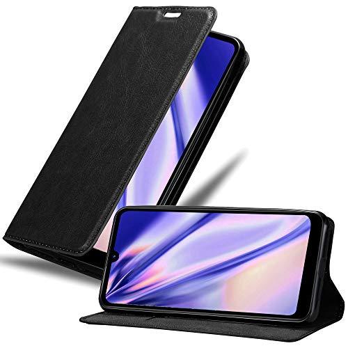 Cadorabo Hülle für LG Q60 in Nacht SCHWARZ – Handyhülle mit Magnetverschluss, Standfunktion & Kartenfach – Hülle Cover Schutzhülle Etui Tasche Book Klapp Style