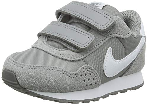 Nike MD Valiant (TDV) Sneaker, Particle Grey/White, 25 EU